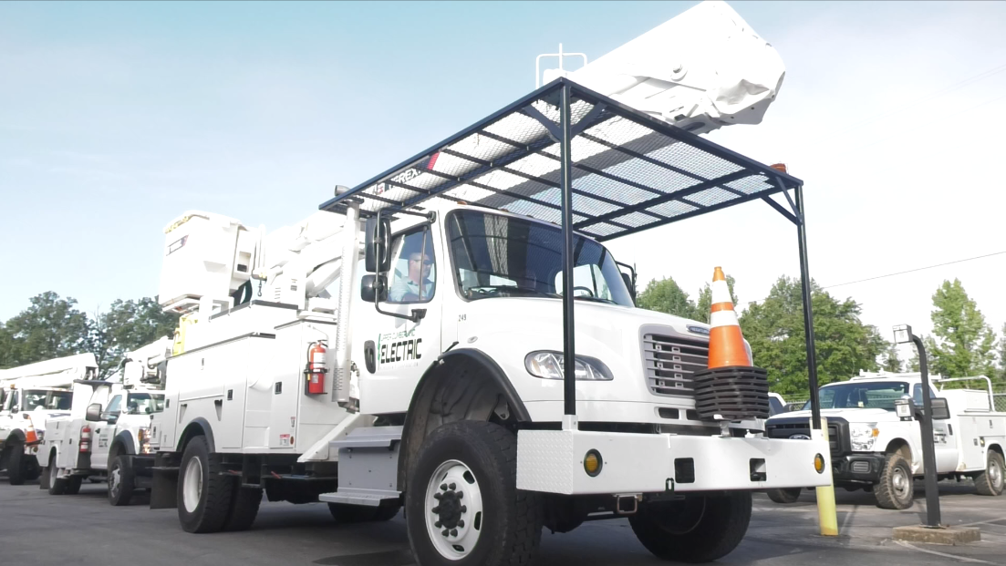 Upper Cumberland Electric Membership Corporation Sending Crews South to Assist with Hurricane Michael Recovery Efforts